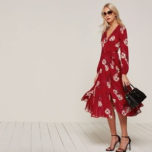 *NEW* Reformation Chelsea floral midi wrap dress